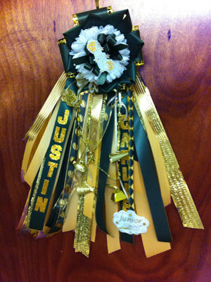 Homecoming Is The Perfect Time To Show Your School Spirit And Let Colors Shine For Guys Garter A Great Way